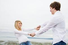 Couples caucasiens dans l'amour Images stock