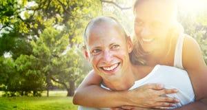 Couples collant le concept Romance de vacances Photo stock
