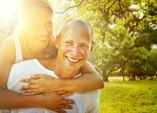 Couples collant le concept Romance de vacances Image stock