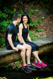 Couples détendant après avoir pulsé Photos stock