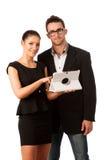 Couples d'affaires recherchant des idées sur la tablette Travail Co d'équipe Images stock