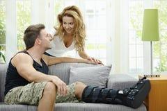 Couples d'amour à la maison Images libres de droits