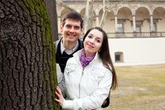 Couples d'amour dans la ville Prague Photo stock