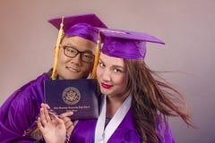 Couples d'obtention du diplôme Image libre de droits