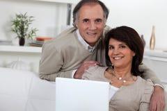 Couples d'une cinquantaine d'années Photos libres de droits