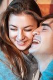 Couples dans l'amour ayant l'amusement Images stock