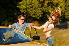 Couples dans l'amour Voyage par la route Photographie stock libre de droits