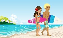 Couples dans la plage Photos libres de droits