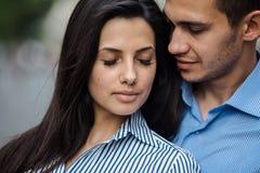 Couples dans la ville Photographie stock