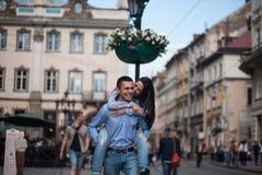 Couples dans la ville Photo stock