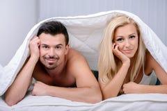 Couples dans le bâti Photos libres de droits