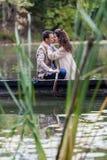 Couples dans le bateau Image stock