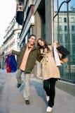 Couples dans les achats Images libres de droits