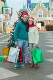 Couples dans Noël Photographie stock