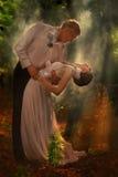 Couples dans une forêt Image stock