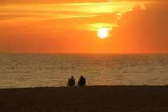 Couples 1 de coucher du soleil Photo stock
