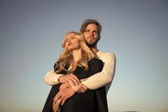 Couples de famille de l'homme et de fille sexy, confiance Photo stock