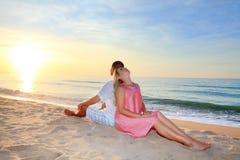 Couples de lever de soleil Photos libres de droits