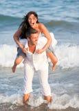 Couples de mer d'été Photos libres de droits