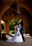 Couples de nouveaux mariés Photo libre de droits