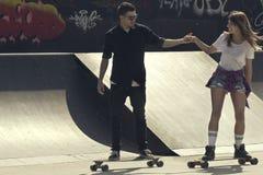 Couples de patin Images libres de droits