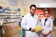 Couples de pharmacien Images libres de droits