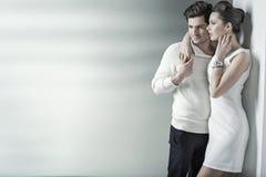 Couples de Realxed se reposant dans l'endroit tranquille image libre de droits