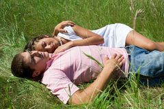 Couples de repos Photos libres de droits