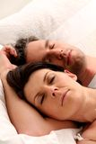 Couples de sommeil Photo stock