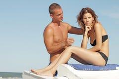 Couples des amants dans un moment de la crise et du malentendu Photos stock