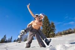 Couples des vacances de ski Photographie stock libre de droits