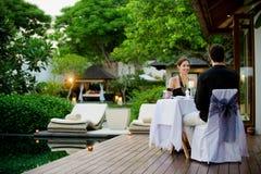 Couples dînant Image libre de droits