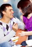 Couples en café Photo libre de droits