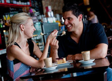 Couples en café Photo stock