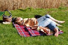 Couples en fonction nu-pieds Photographie stock libre de droits