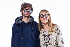 Couples en glaces drôles Image stock