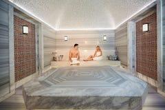 Couples en serviettes se reposant dans le sauna Photographie stock libre de droits