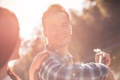 Couples en stationnement Photo libre de droits