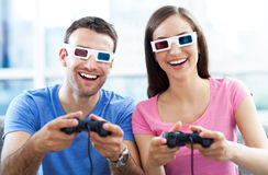 Couples en verres 3d Photos libres de droits