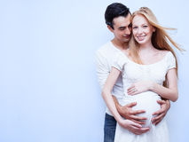 Couples enceintes heureux Images libres de droits