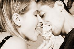 Couples et glace Photo stock