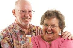 Couples et prescriptions aînés Photographie stock