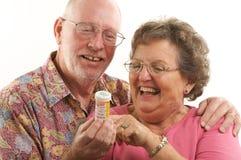 Couples et prescriptions aînés Image stock