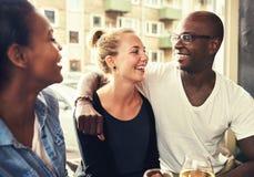 Couples ethniques multi photographie stock libre de droits