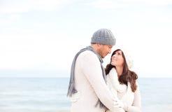 Couples extérieurs heureux Photographie stock
