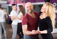 Couples having dancing class Royalty Free Stock Photos