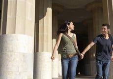 Couples heureux appréciant des vacances Photographie stock libre de droits