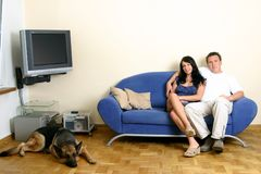 Couples heureux - détendant Photo libre de droits