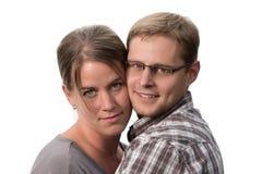 Couples heureux dans l'amour. Au-dessus du fond blanc Photos libres de droits