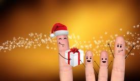 Couples heureux de doigt dans l'amour célébrant Noël Photo libre de droits